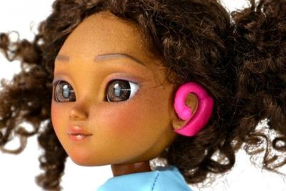 makies-hearing-aid-close-964x644